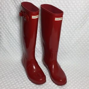 Hunter Tall Rain Boots Size 8 US